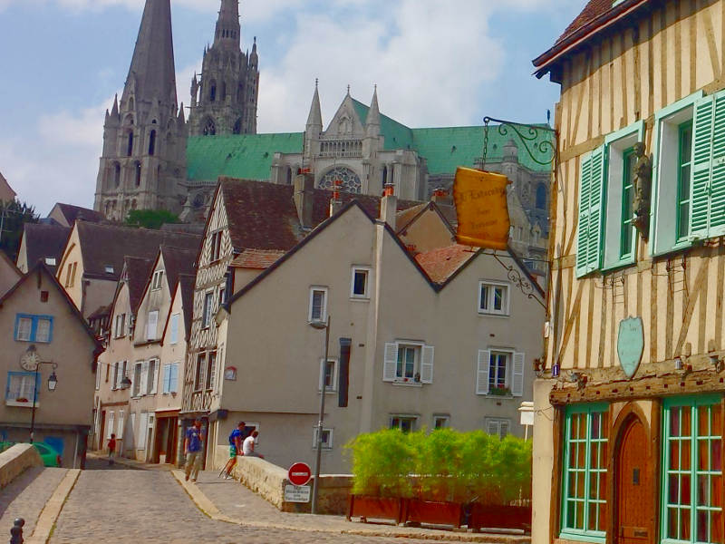 chartres medieval village river bridge
