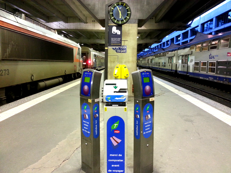 paris train validation